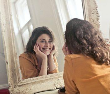personnaliser son miroir avec du macramé